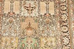 N-24, Kashmir, synthetic silk, 110 x 80 cm, India, 80 €