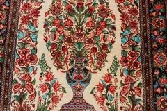 N-403, Ghom, pure silk, 124 x 82 cm, Iran, 1400 €
