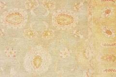 AK-65, Esfahan, wool with silk, 128 x 102 cm, Iran, 700 €