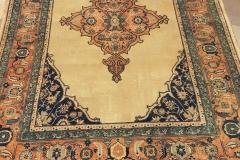 AK-58, Bidjar, wool, 240 x 170 cm, Iran, 3840 €
