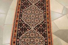 MO-19098, Senne, wool, 246 x 51 cm, Iran, 570 €