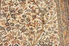 MO-115, Kashmir, silk, 125 x 78 cm, India, 700 €