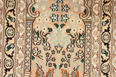 MO-64, Kashmir, silk, 64 x 47 cm, India, 190 €