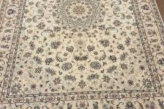 MO-535, Nain, wool with silk, 232 x 170 cm, Iran, 3200 €